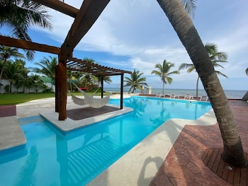 Picture of Casa del Puerto By MIJ - Beachfront Hotel in Puerto Morelos