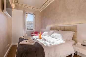 在罗马的威尼斯广场奢华公寓酒店照片