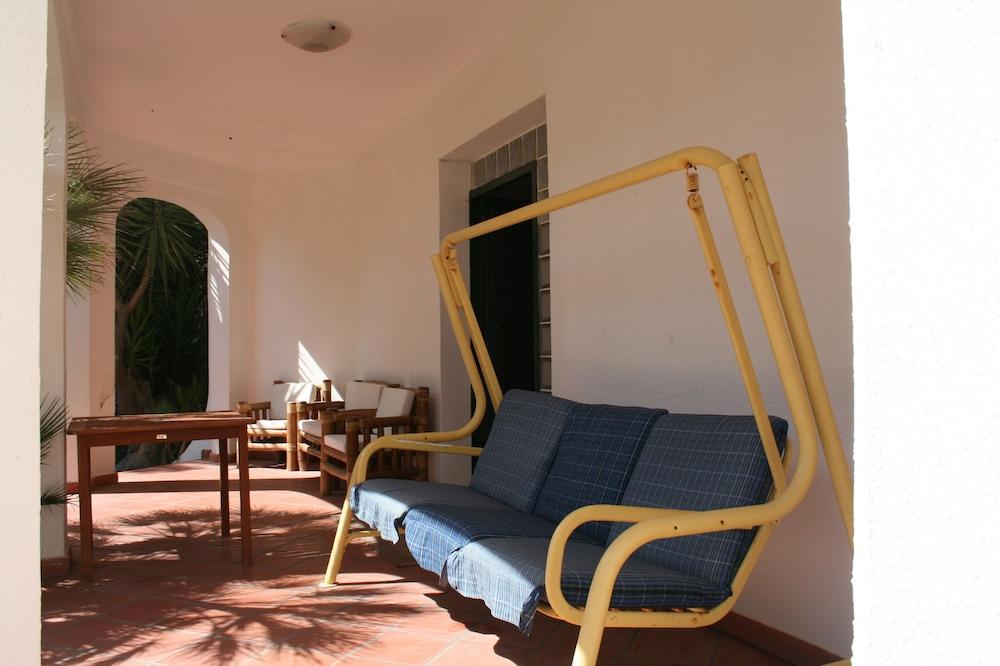 Die Villa Bietet Platz für 8 bis 100 Meter vom Meer von Salento Entfernt