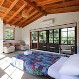 House, 4 Bedrooms - Room
