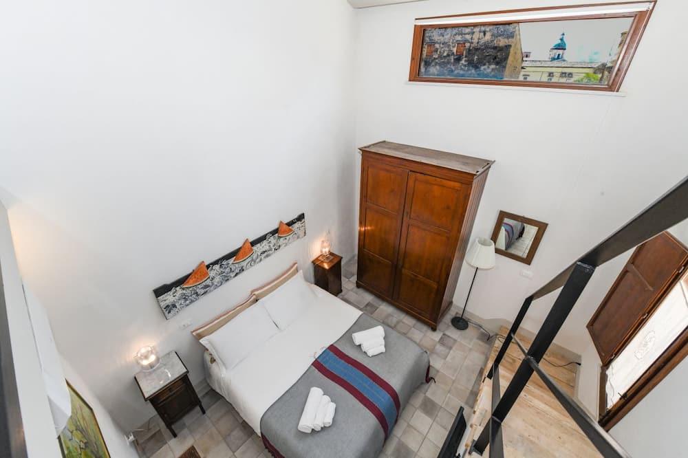 Doppia luna di miele, 1 camera da letto, idromassaggio, vista giardino - Vasca idromassaggio privata