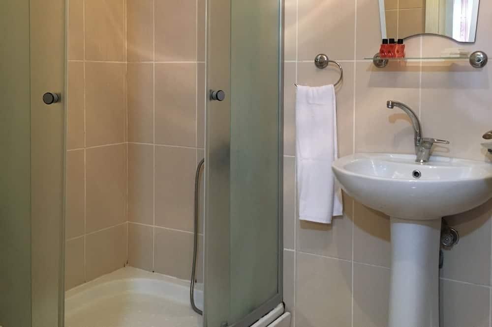 ダブルルーム 1 ベッドルーム - バスルームのシャワー