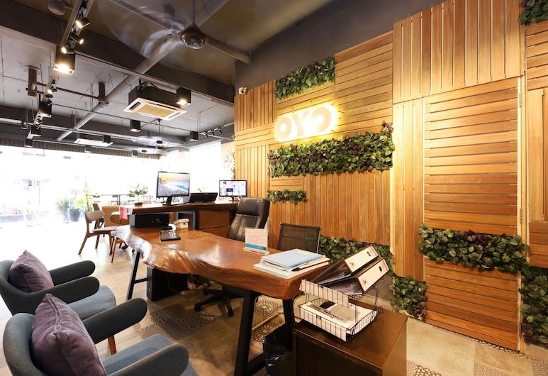 OYO 417 Raintree Boutique Hotel, Kajang, Reception