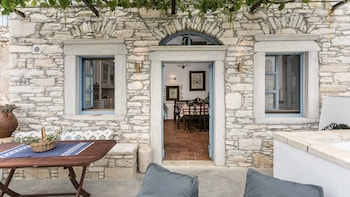 Picture of Traditional Inn Pirethron in Naxos