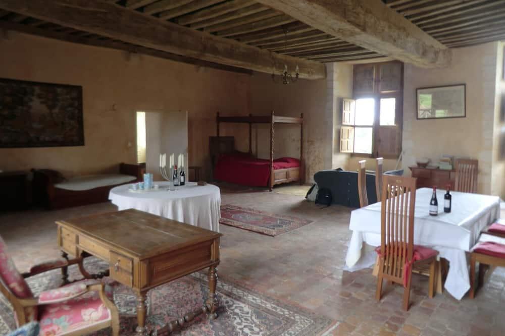 Коттедж базового типа, 1 спальня - Гостиная