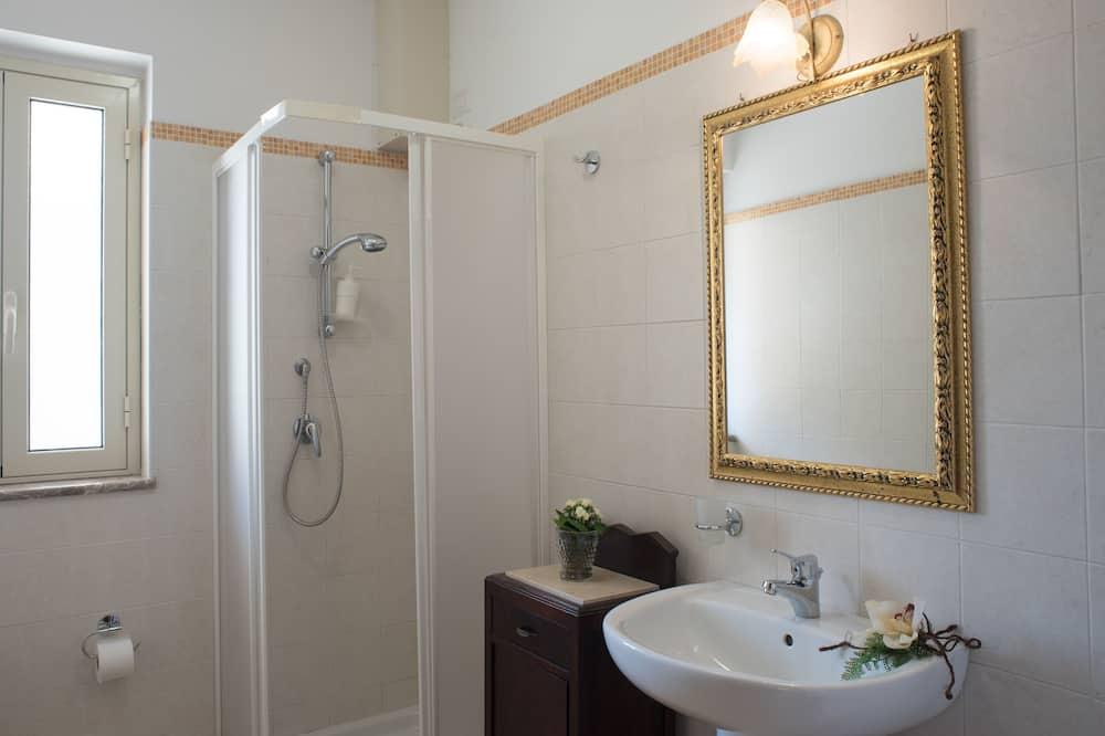 四人房 - 浴室