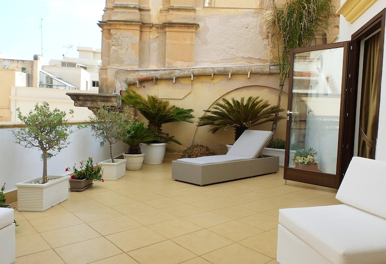 Apartment With one Bedroom in Marsala, With Wonderful City View, Furnished Terrace and Wifi - 500 m From the Beach, Marsala, Terrace/Patio