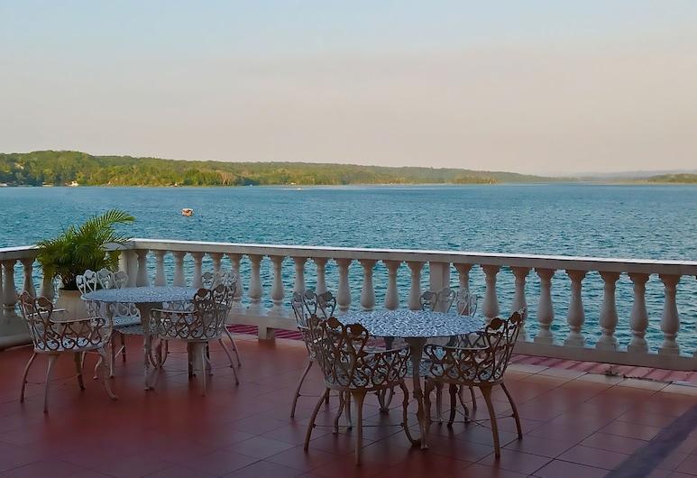 Hotel Villa del Lago, Flores