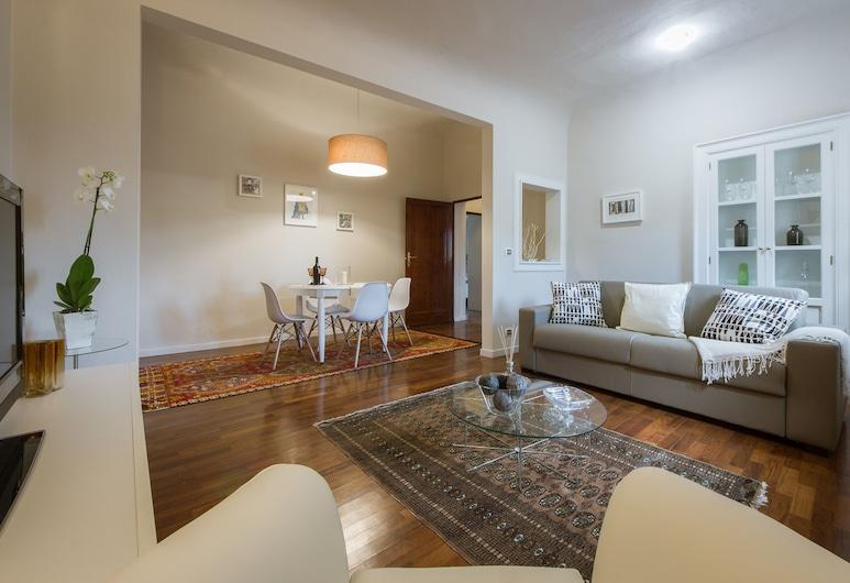 Pergola Duomo View, Florence, Apartment, 2 Bedrooms, Living Area