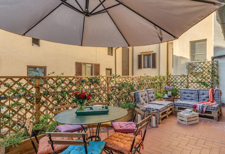 San Lorenzo Terrace, Florence, Terrace/Patio