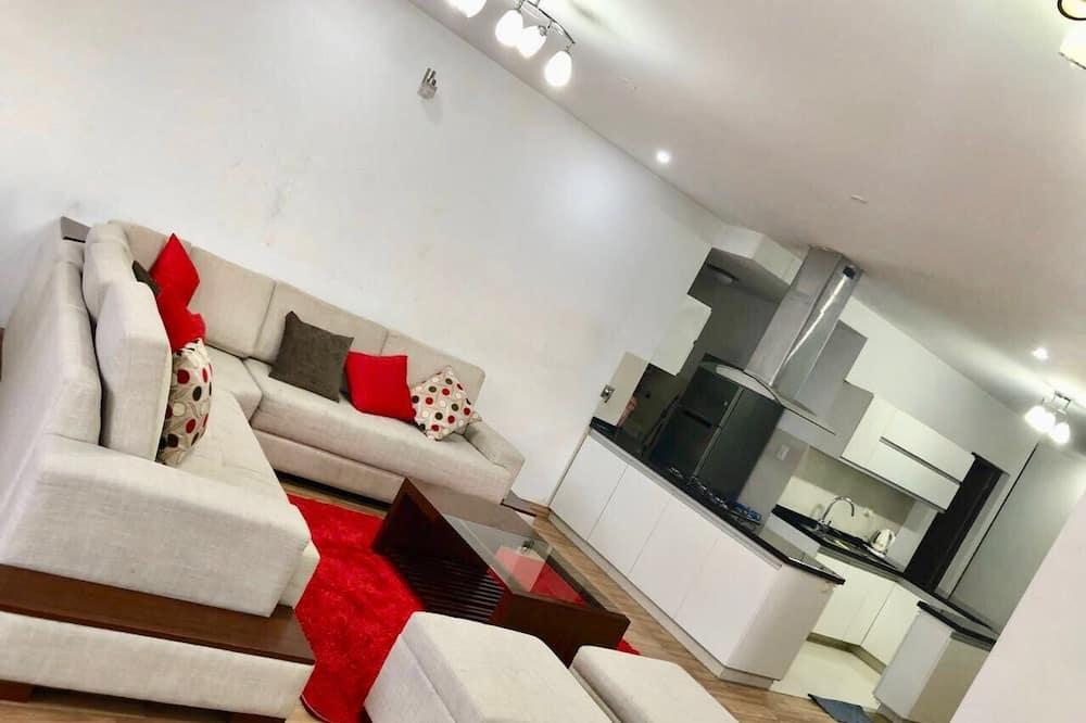 Deluxe-huoneisto, 4 makuuhuonetta, Oma kylpyhuone - Oleskelualue