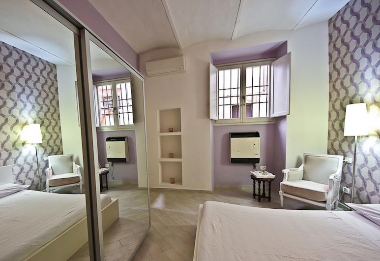 Pinzochere Ground Floor, Florence, Apartment, 1 Bedroom, Room