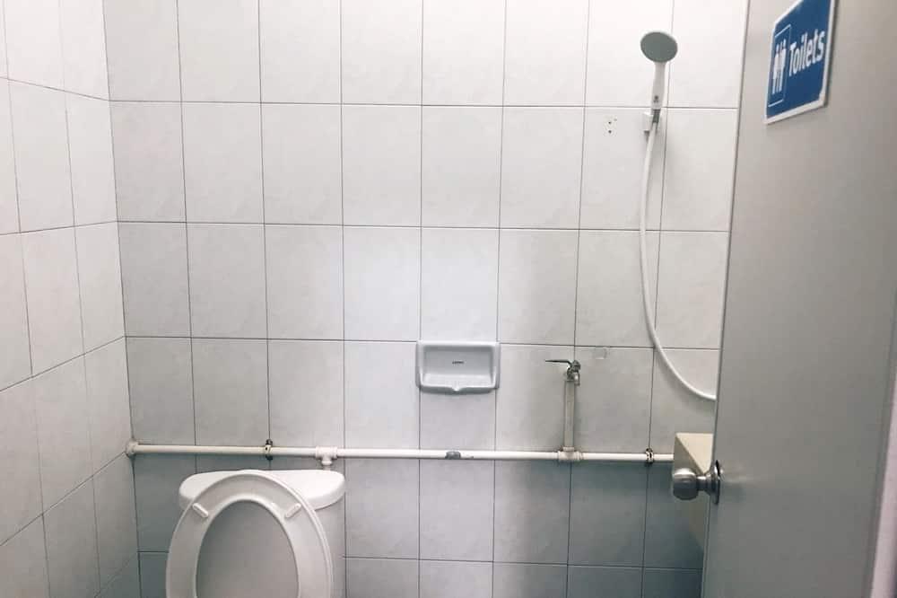 Mixed Shared Dormitory  - ห้องอาบน้ำ