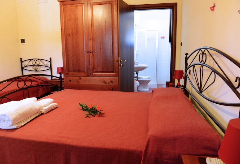 بد آند بريكفاست فيلا لوتشيا, ميسان, غرفة ثلاثية, غرفة نزلاء