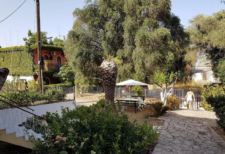 Laopetra Studios, Corfu, Terrace/Patio