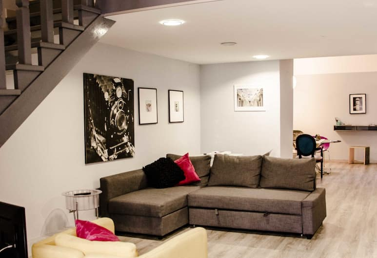 72 Home&More, Napoli, Suite – deluxe (Home Naples), Oppholdsområde
