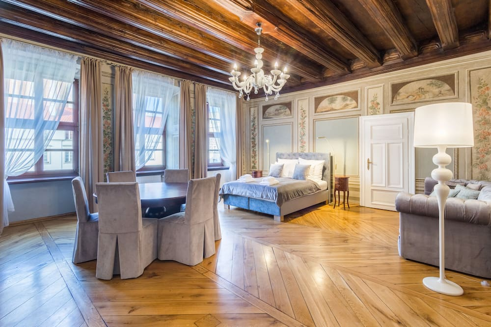 Superior Apartment, 2 Bedrooms, City View - Bilik