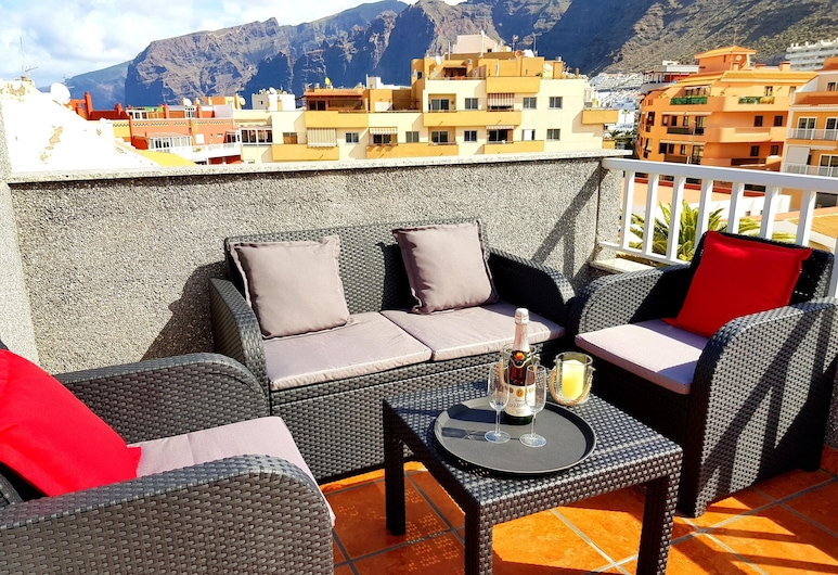 Apartment With 2 Bedrooms in Puerto de Santiago, With Wonderful Mountain View, Furnished Terrace and Wifi - 900 m From the Beach, Santiago del Teide, Terrass