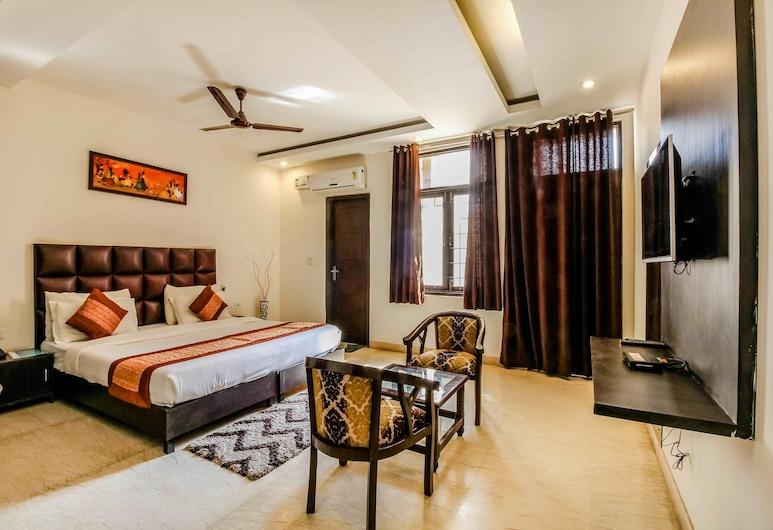 Smart Rooms, Gurugram, Quadruple Room, Guest Room