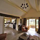 Cottage, 2 Bedrooms, Valley View - Living Area