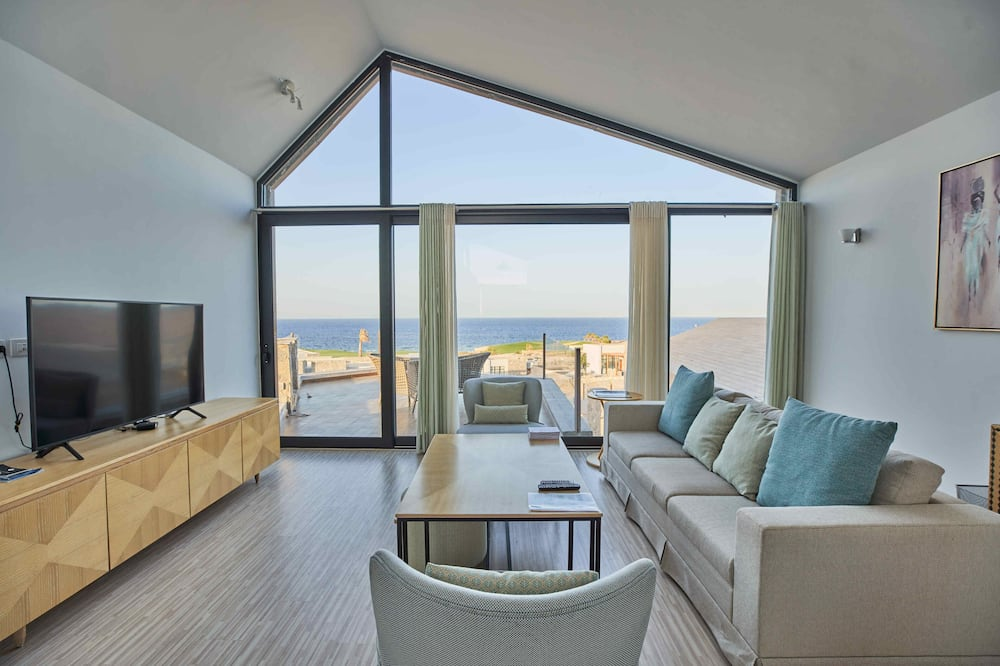 Вилла «люкс», 2 спальни, кухня, вид на море - Зона гостиной