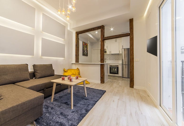 Apartamento de diseño pegada la Puerta del Sol, Madrid, Apartment, 3Schlafzimmer, Küche, Wohnbereich