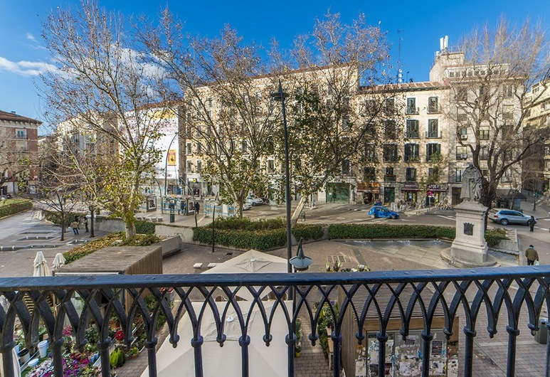 Brand new apartment next to Puerta del Sol, Madrid, Apartment, 2 Schlafzimmer, Balkon