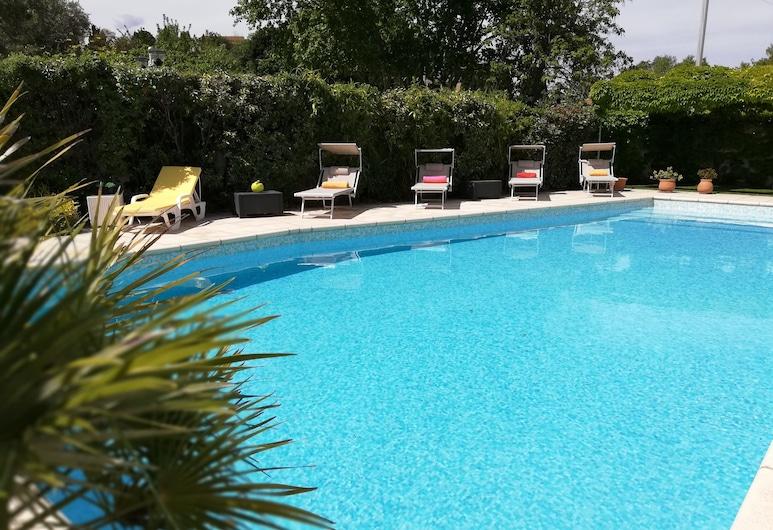 Hôtel Le Castellan, Istres, Pool
