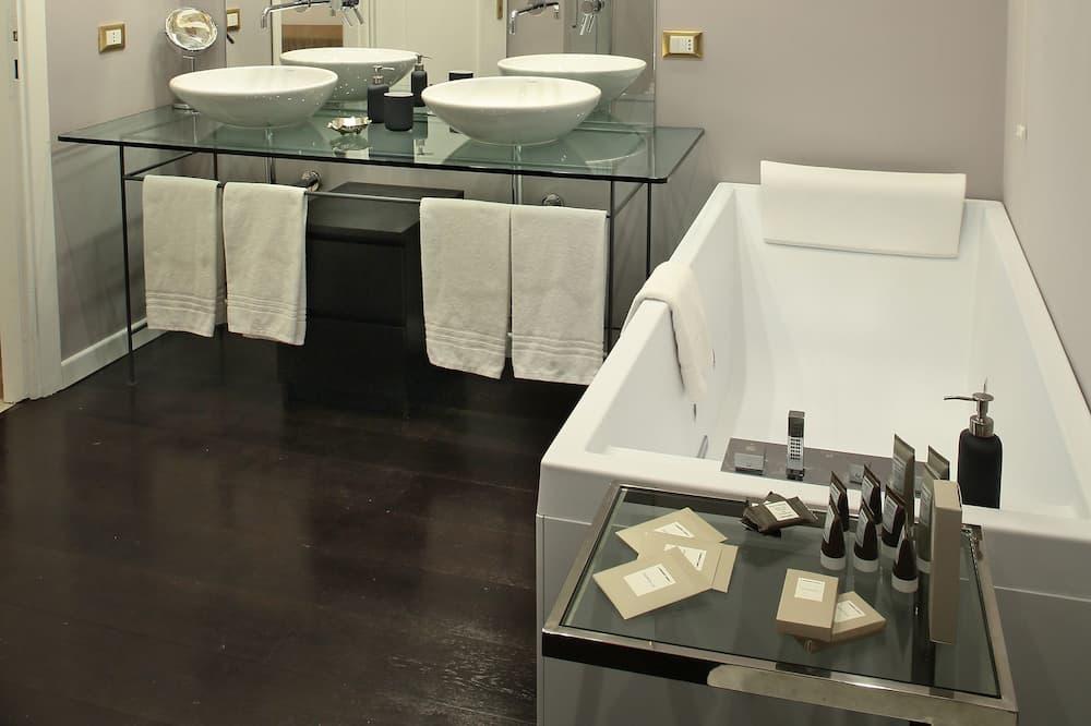 Suite Júnior, Banheira de Hidromassagem - Casa de banho
