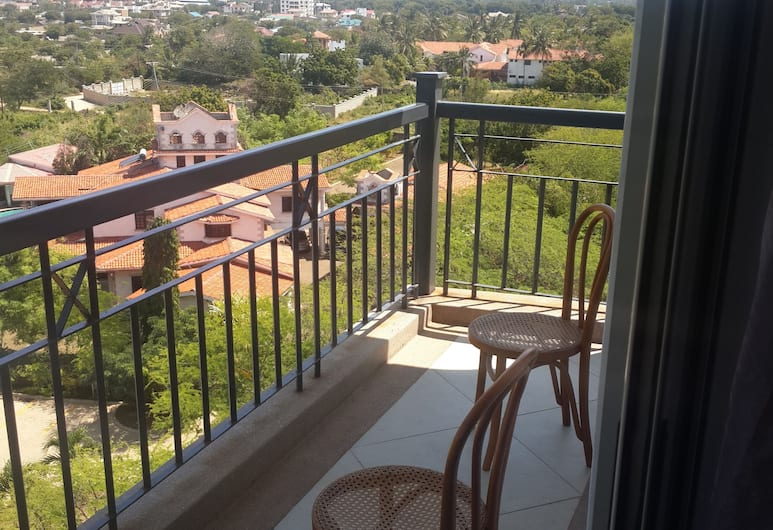 Shanzu Beach Apartment Ocean view, Mombasa, Exclusive külaliskorter, 1 ülilai voodi, vaade ookeanile, asukoht mere kaldal, Terrass