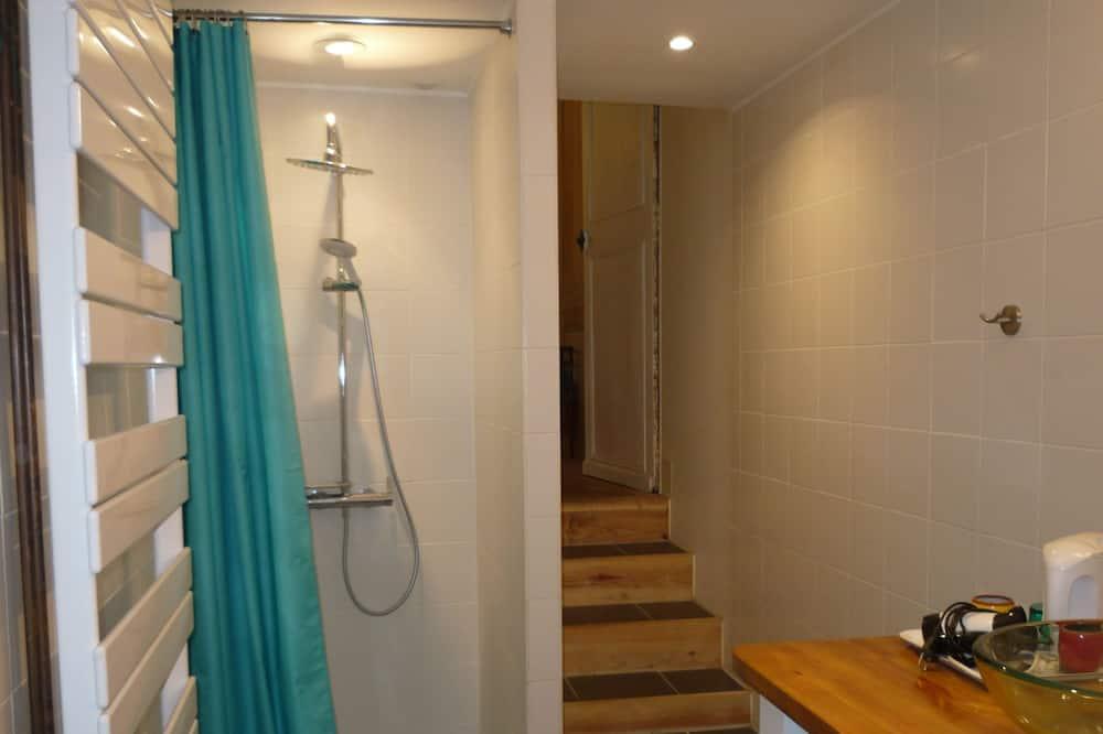 Comfort Double Room (Atelier bleu) - Bilik mandi