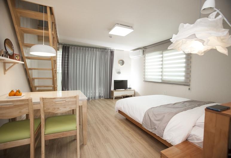 濟州阿里亞旅館, 西歸浦, 家庭複式房屋, 客房