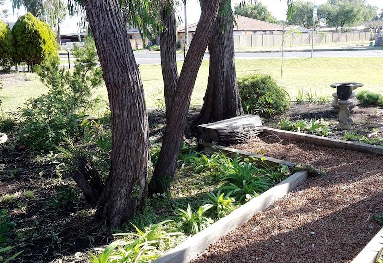 Restawile Motel, Broadwater, Jardín