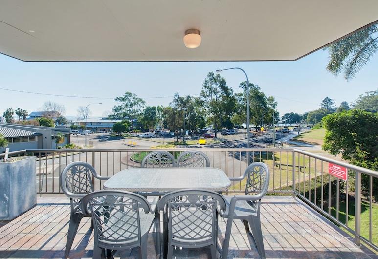 Tradewinds, Unit 4/110 Victoria Parade, Nelson Bay, Apartment, 3 Bedrooms, Balcony