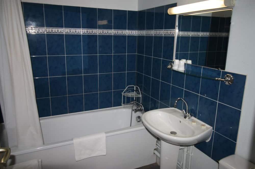Vierbettzimmer - Badezimmer