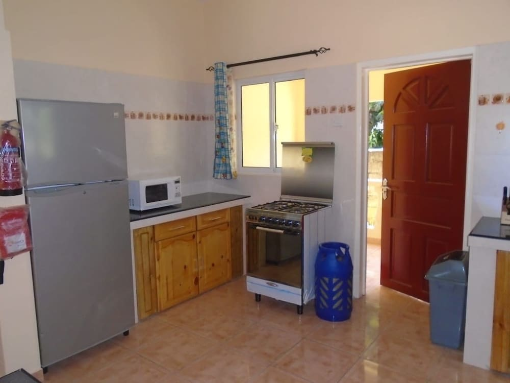 Athan Bay Apartments, Mahe Island, Comfort Apartment, 3 Bedrooms,  Kitchenette, In