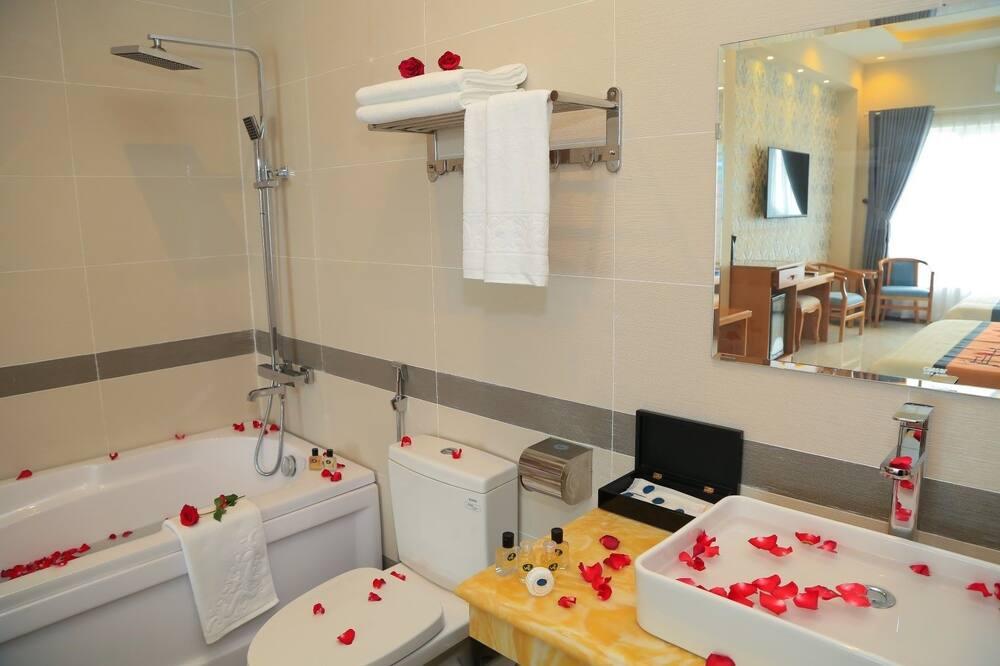 Premium Δίκλινο Δωμάτιο (Double), Θέα στην Πόλη - Μπάνιο