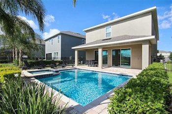 Picture of Reunion Daisy 6 Bedroom Home with Private Pool in Orlando