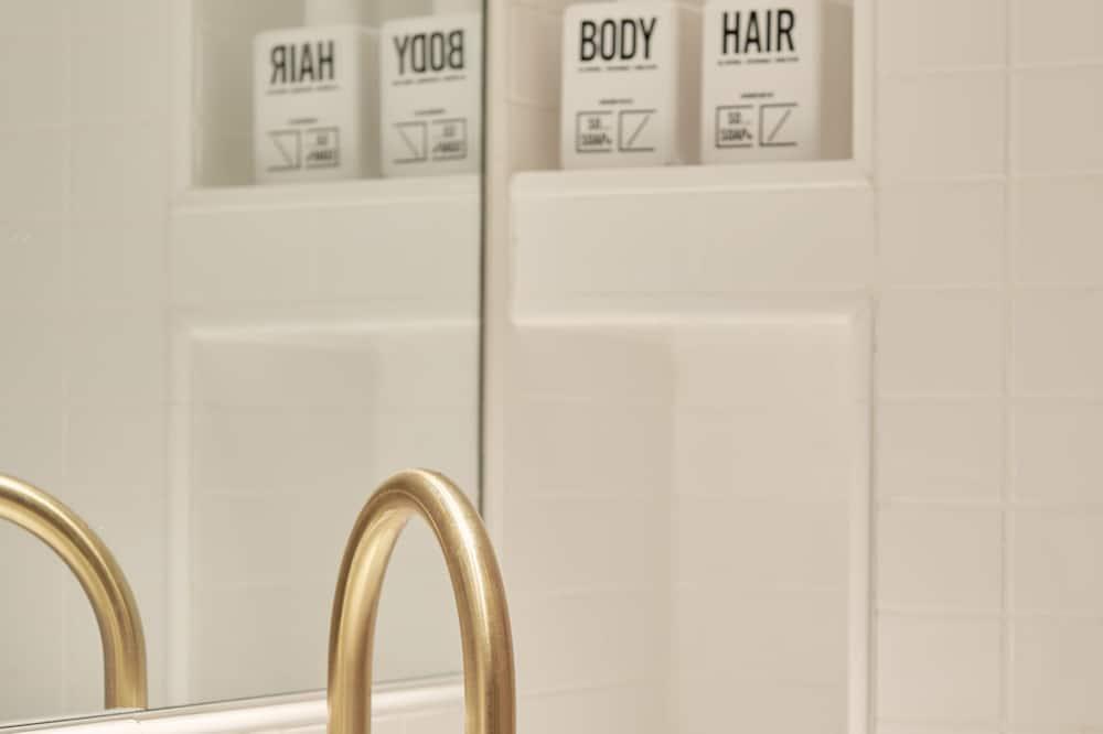 Habitación doble de diseño - Baño