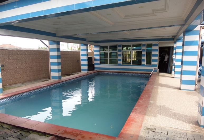 Brighton Hotel and Suites, Ибадан, Открытый бассейн