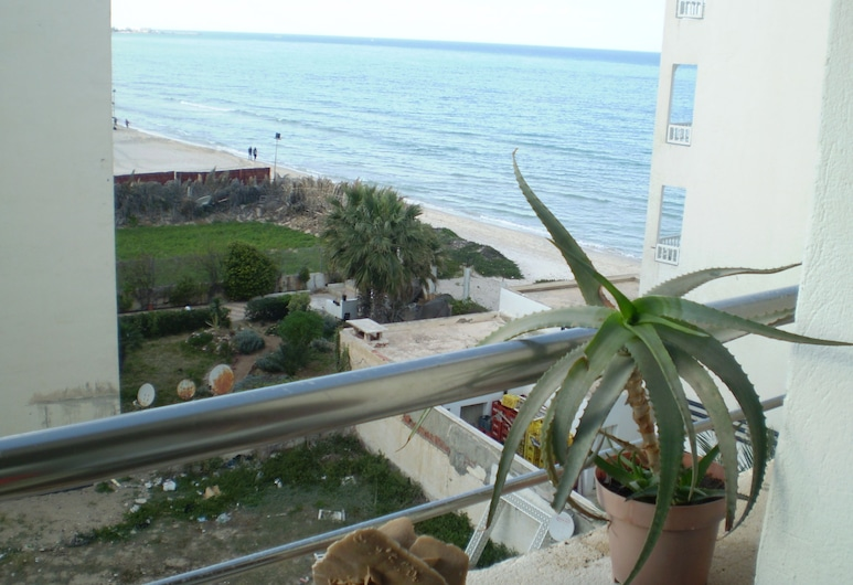 DAR MARRAKECH APPARTEMENT SOUSSE TUNISIA, ซูสส์, ดีลักซ์อพาร์ทเมนท์, 2 ห้องนอน, วิวชายหาด, ริมทะเล, ระเบียง