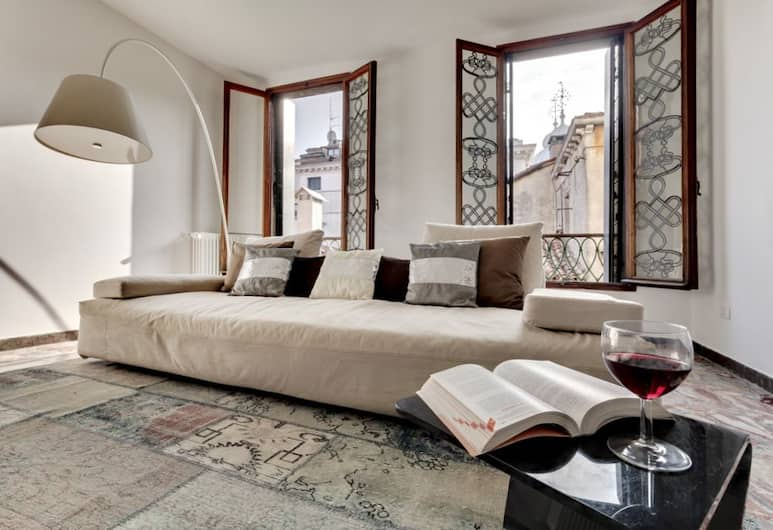 Ca' Silvia Saint Mark Square Apartment, Venetsia