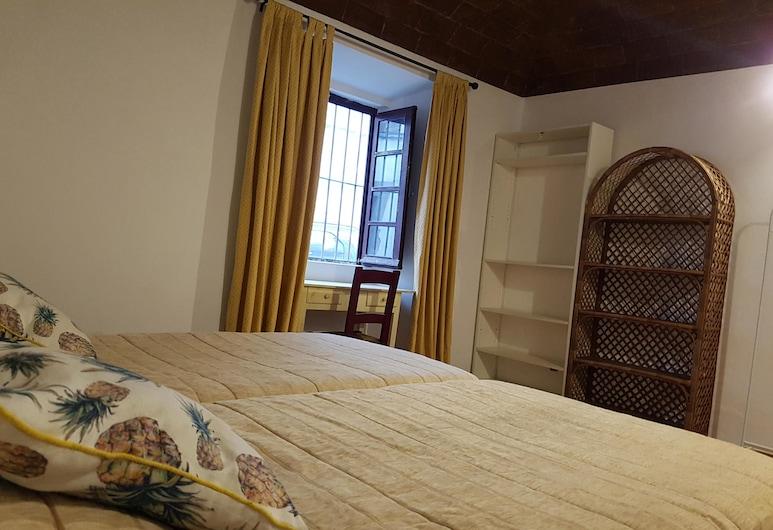 莫拉里亚旅馆, 艾佛拉, 双人房/双床房, 客房