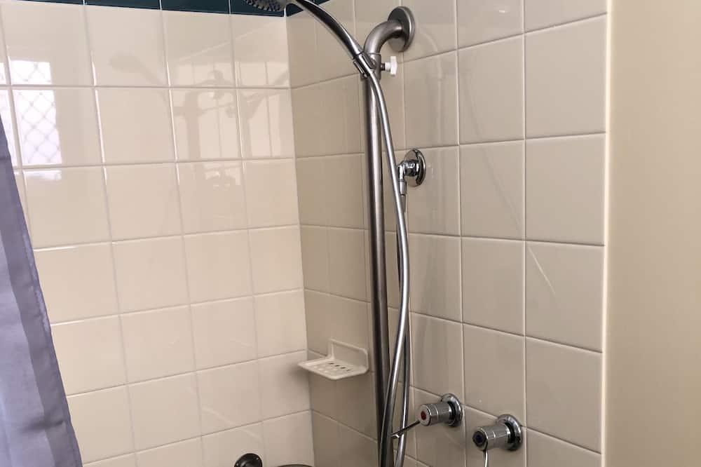 Családi háromágyas szoba - Fürdőszoba