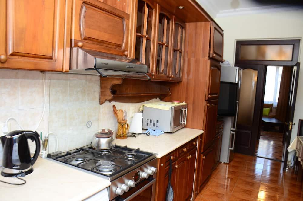 Honeymoon Double Room, 1 Bedroom - Shared kitchen