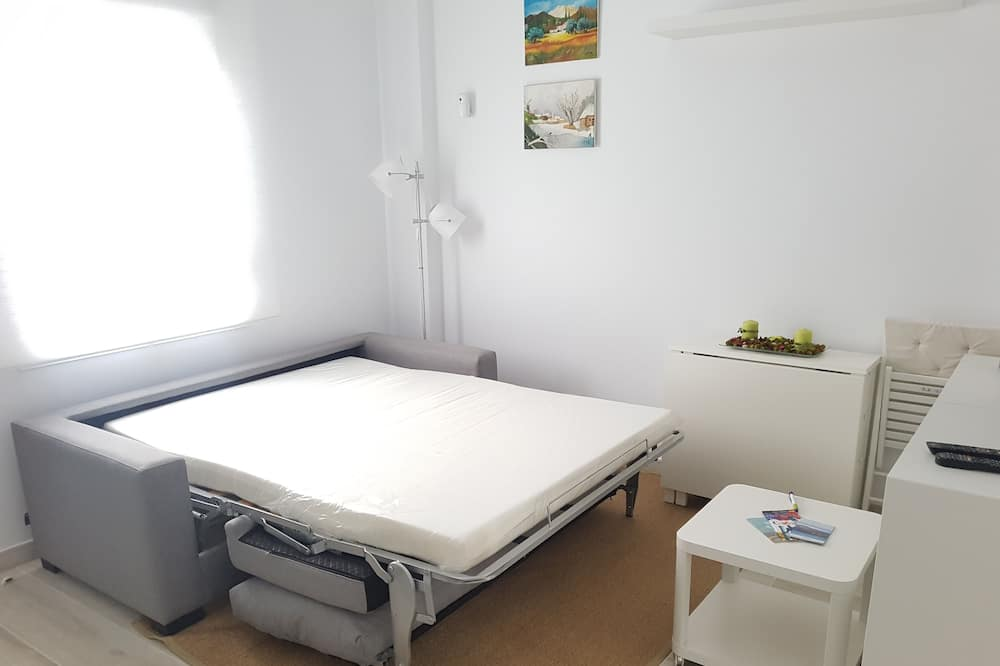 Apartment, 1 Double Bed with Sofa bed, Non Smoking - Living Area