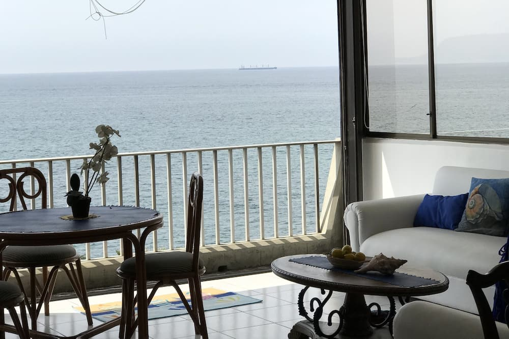 Family Apartment, 3 Bedrooms, Connecting Rooms, Ocean View - Balkoni