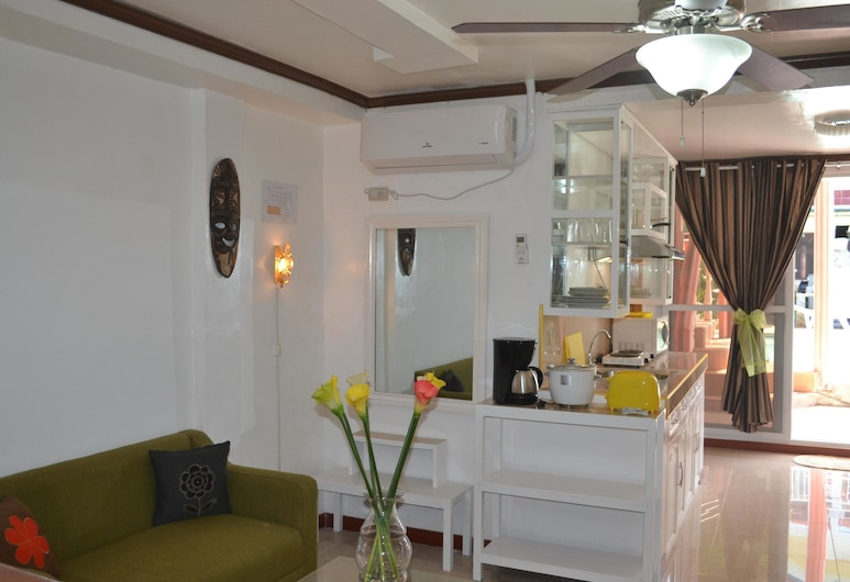 Villa Prescilla, Dumaguete, Premium Studio, Guest Room