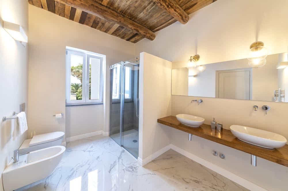 高級雙人或雙床房, 1 張標準雙人床, 非吸煙房 - 浴室