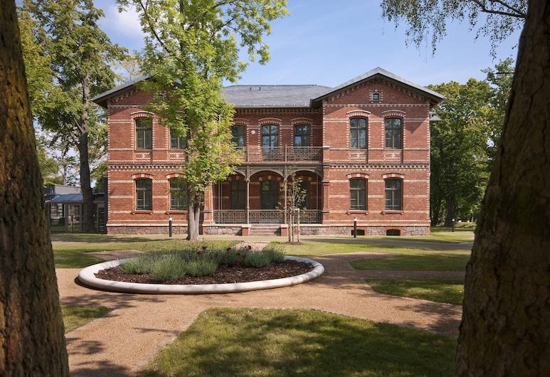 Boardinghaus Weinberg Campus, Halle (Saale), Courtyard